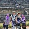 храм Барабудур,,,фото с местными